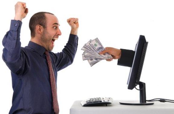 Chico blogger ganando dinero con su weblog
